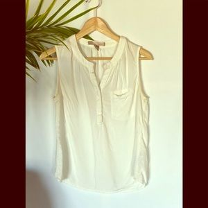 Forever 21 sleeveless button up blouse medium